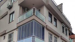 Antalyada Cam Balkon